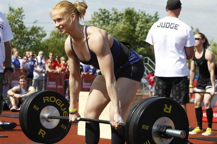 2011 CrossFit Champion Annie Thorisdottir