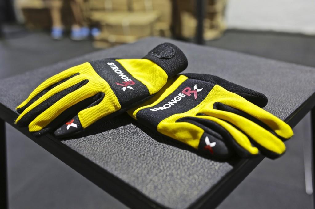 StrongerRx RTG Gloves Box