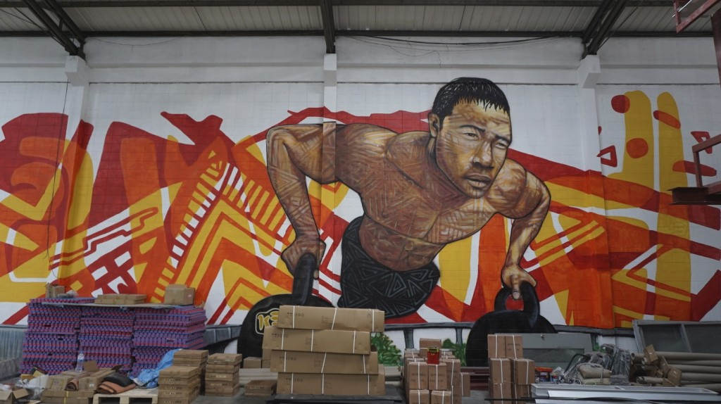 East West CrossFit 5