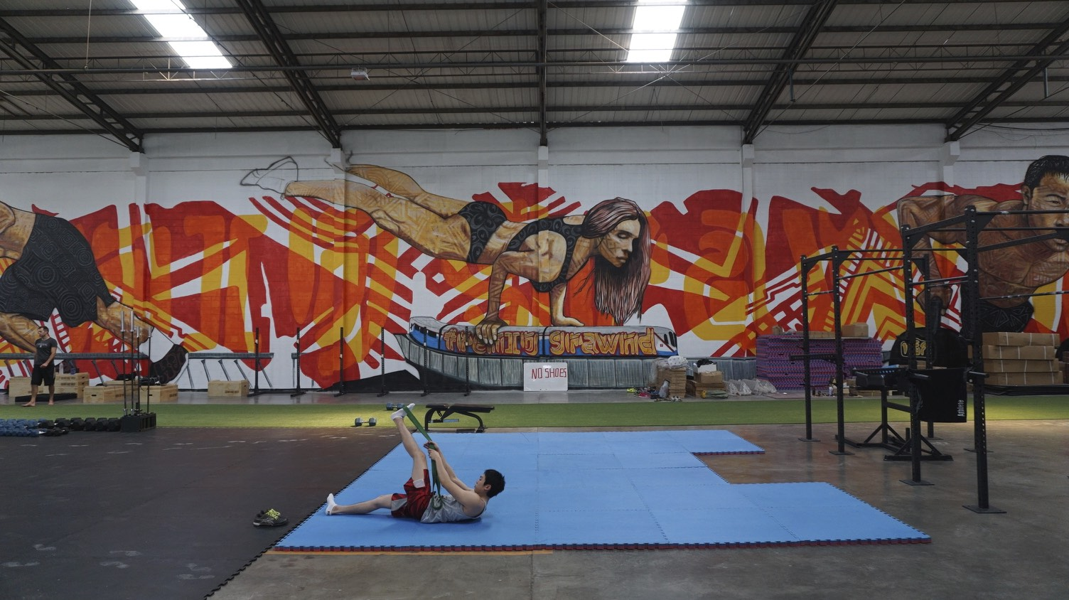 East West CrossFit 8